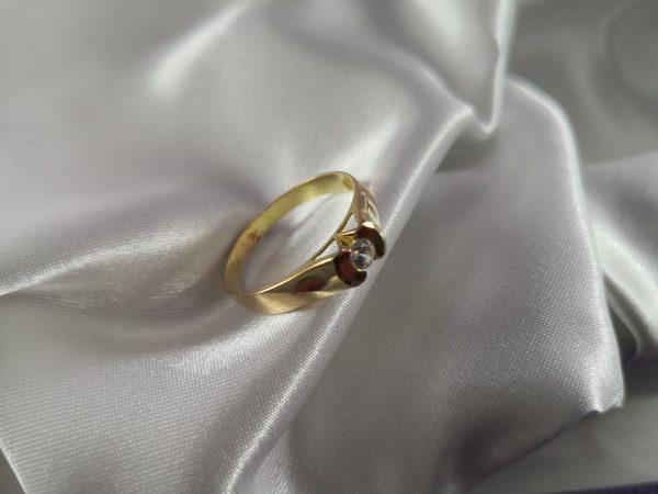 sortija, anillo de oro mujer con circonita